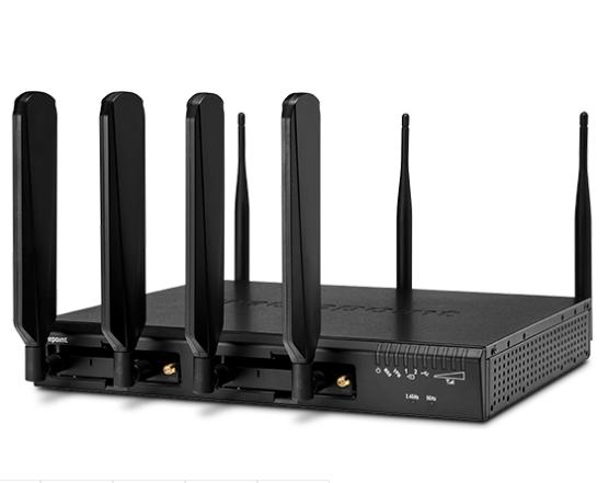 Cradlepoint Advanced Edge Router AER3100LP6-NA LTE Advanced